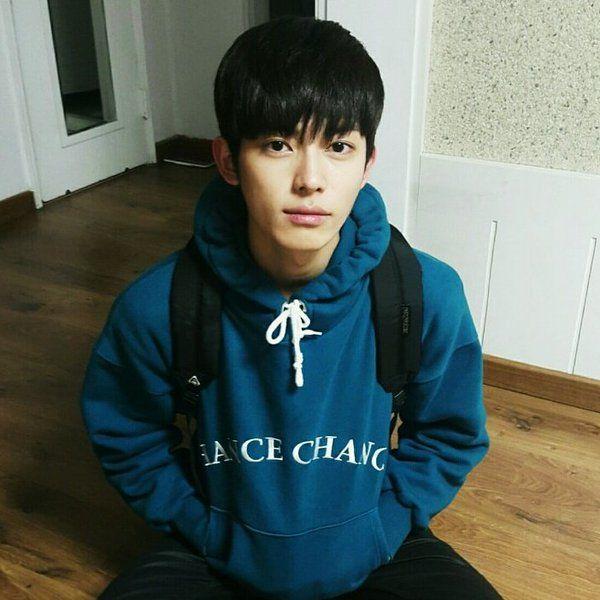 jinhong twitter update