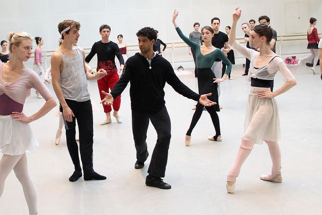 Carlos Acosta working with dancers of The Royal Ballet on Don Quixote © ROH/Ruairi Watson, 2013 |