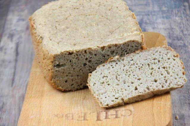 Bezglutenowy chleb z automatu dla posiadaczy tego praktycznego urządzenia.  Chleb wilgotny, smaczny, nie kruszy się. Brakuje mu jedynie chr...