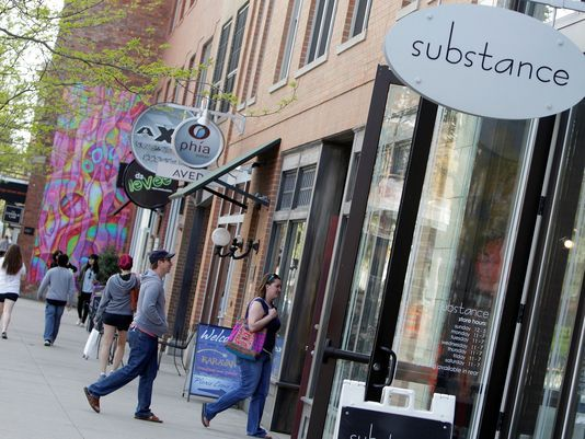Columbus emerging as a fashion hub according to USA Today. Includes recommendations for his shopping, cool eateries, spas and artsy lodging.