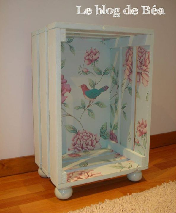 Shabby chic nightstand side table with large crate?