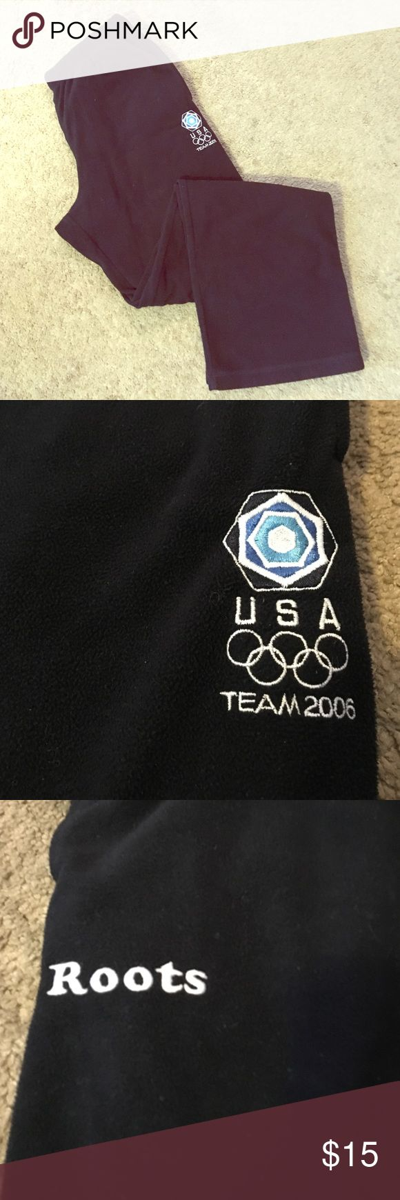 TEAM USA 2006 Olympic Team fleece pants Official Team USA flee pants from the 2006 Turin Olympic Games.  Navy fleece pants from Roots.  31 in inseam Roots Pants