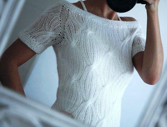 Блуза спицами красивым узором. Нарядный пуловер спицами с короткими рукавами   Я Хозяйка