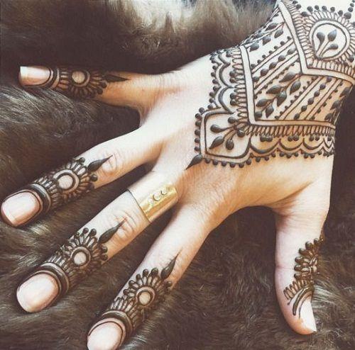 Best Arabic Mehndi Designs