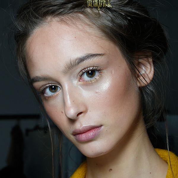 Alberta Ferretti - Backstage - Milan Fashion Week SS16