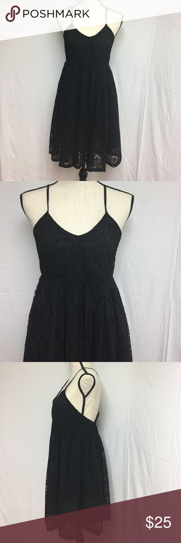 River island Chelsea girl Dress Excellent condition. Black lace and fully lined.                       Fabric : polyester River Island Dresses Mini