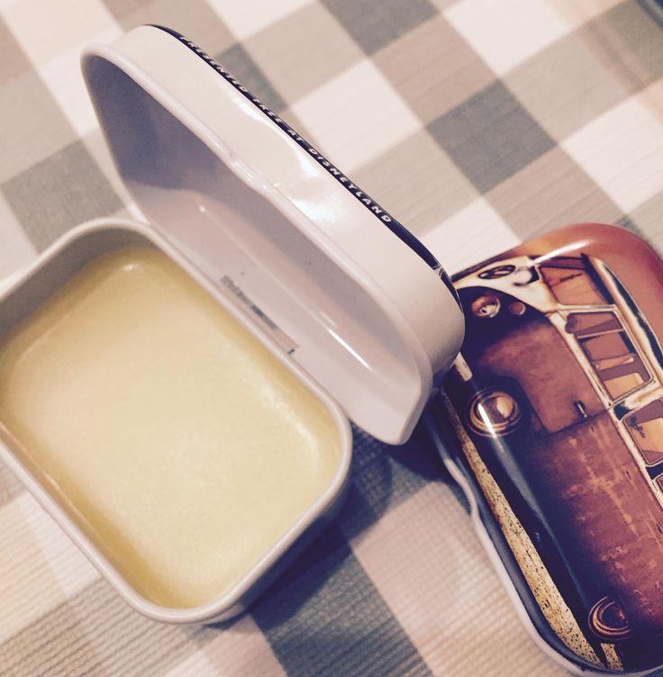 Aceite de almendras, aceite de argán, manteca de karité , cera de abejas..y tachán¡ #ElGatoHipster