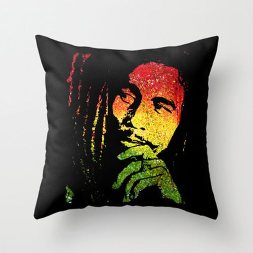 Throw Pillow Color Ideas : 17 Best images about rasta bedroom ideas on Pinterest Rasta colors, Red green and Neon room