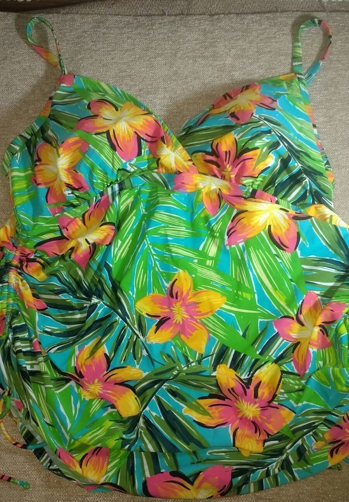 Good preowned condition no stains or other issues launder per eBay guidelines. See description for measurements<br/><br/>Catalina Suddenly Slim floral plus size 3X (22W-24W) tankini with adjustable sides and straps for a comfortable and flattering fit. We want you to feel wonderful and confident in your new swimsuit so if you don't love it send it back we'll even pay return shipping. Measurements are approximate and taken l...