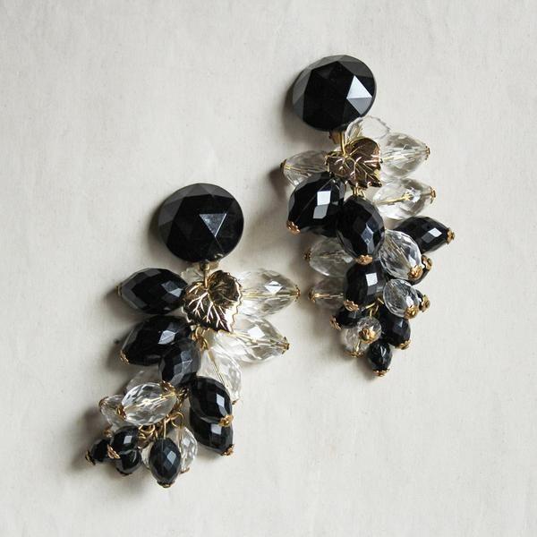 Vintage Plastic Beads Grape Earring (Black & Clear) / ヴィンテージイヤリング