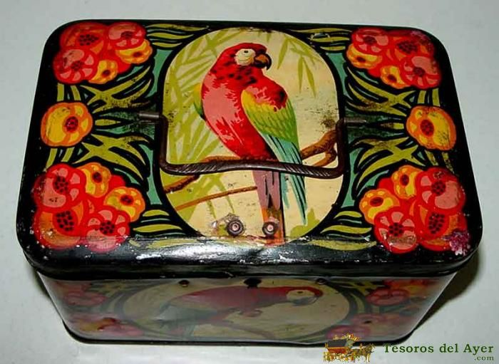 TesorosDelAyer.com · Old Antique Vintage Tin Box · Old tins boxes · ANTIQUE TIN CABAS CHILD WITH PARROT LITHOGRAPHED, PAPAGAYO O PERIQUITO - MEASURES 17 X 10 X 10 CMS. - GOOD CONDITION