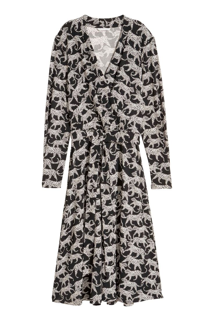 midi wrap dress with long sleeves and tie belt in black and white animal print  H&M AW17  0537103003