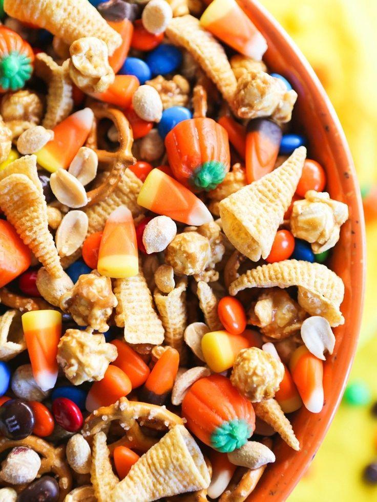 40 Best Halloween Party Finger Foods & Appetizers