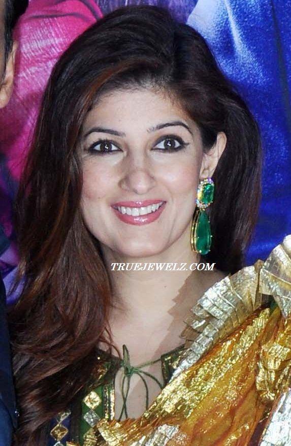 True Jewelz: Twinkle Khanna in Designer Diamond and Emerald Earrings