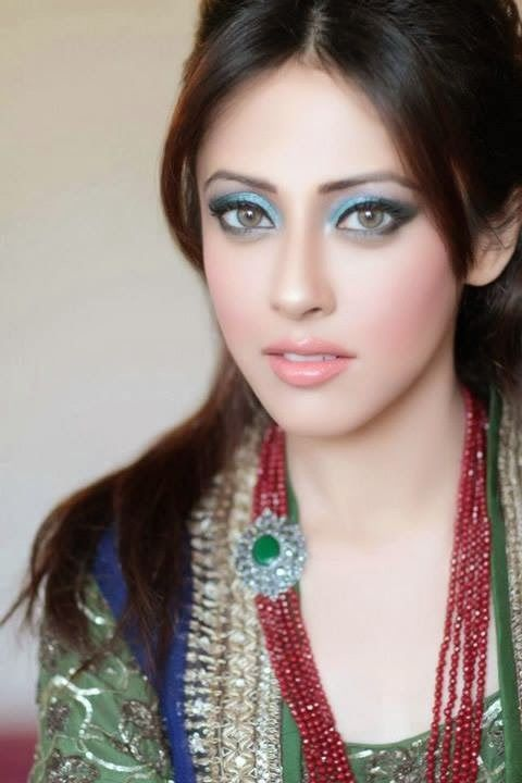 Latest Trend Of Party MakeUp For Indian And Pakistani Girls From 2014