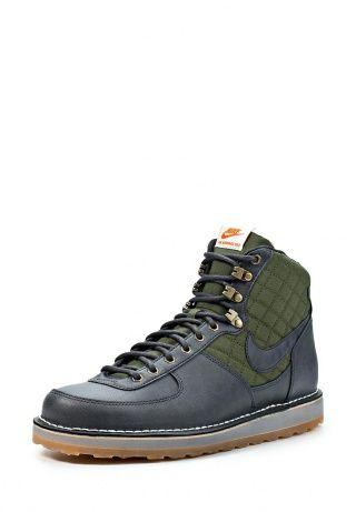 Спортивные ботинки от известного бренда Nike для мужчин на каждый день. Выполнены натуральной и искусственной кожи и имеют текстильные вставки зеленого цвета. Детали: внутренний материал - искусственный мех, стелька из текстиля, оригинальные строчки, плотная шнуровка, плоская резиновая подошва с воздушной подушкой, молния оранжевого цвета. http://j.mp/1pg8UTF