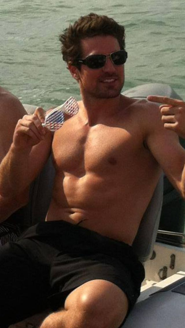 Chicago Blackhawks, #10 Patrick Sharp.   Seriously….I need to take up sailing!!!