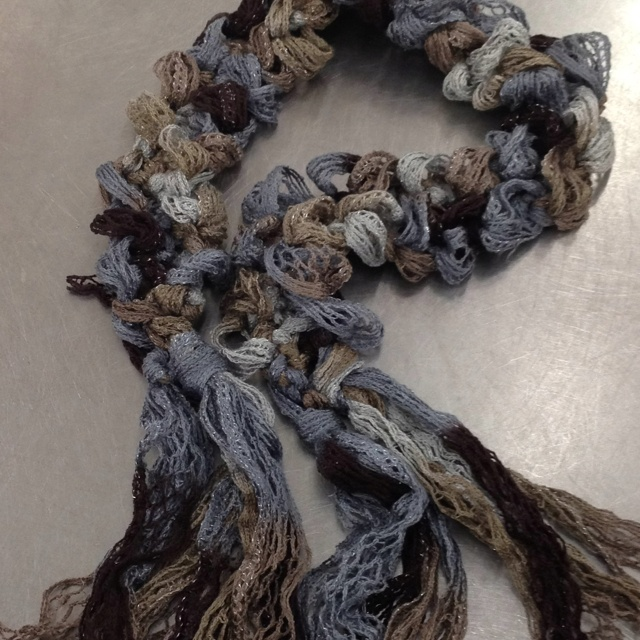 Infinity Knitted Scarf Pattern : 90 best images about Red Heart Boutique Sashay on Pinterest