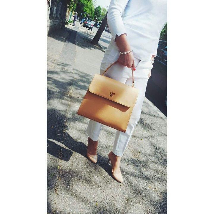 Light peach bag