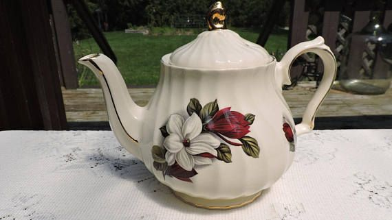 Vintage Sadler Teapot  Red Burgundy & White Flowers