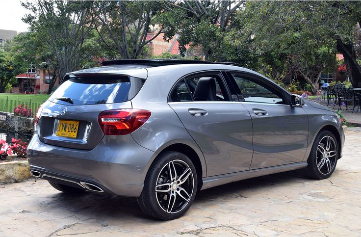 Mercedes a 200 w 176 2016 colegio claustro moderno for Mercedes benz colombia