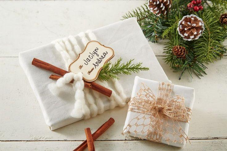 Vintage Weihnachtsgeschenk - Zimtstange, Wolle Schnur und grüner Zweig
