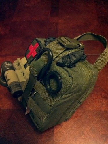 Amazon.com : Condor Rip-Away EMT Pouch : Tactical Pouches : Sports & Outdoors
