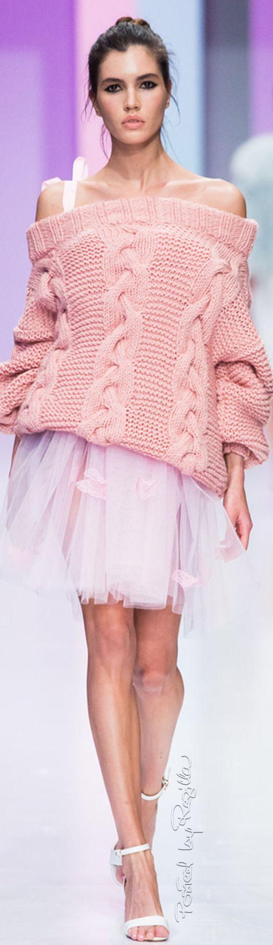 pink.quenalbertini: Couture at the Runway   Regilla