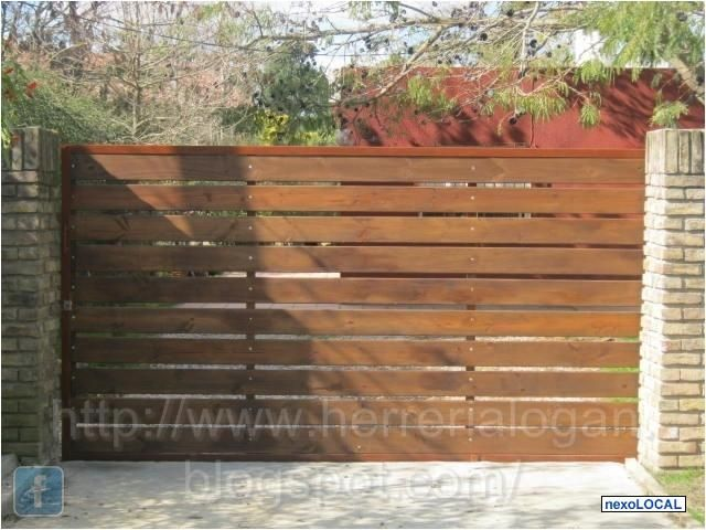 53 best automatic gates images on pinterest door entry for Portones de madera