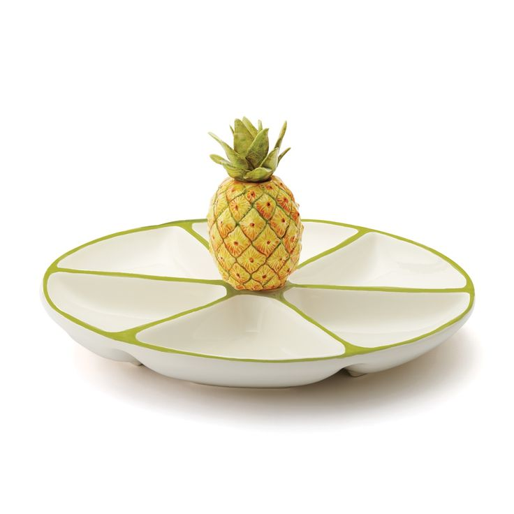Serve in style with the Sara's Fresh Fruit Pineapple Six Part Server. Reminiscent of fruit stands that line the Amalfi Coast, this beautiful, handpainted collection brings a new meaning to 'fresh fruit'.<br />