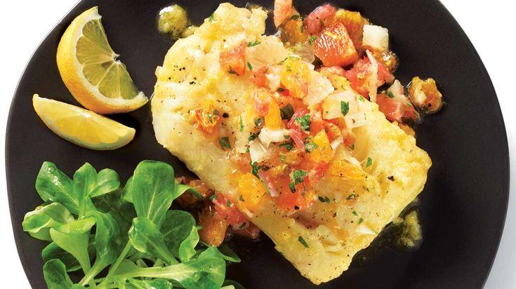 Essayez cette délicieuse recette de morue marinée et salsa aux agrumes.