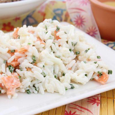 Salade de riz au tofu et aux légumes