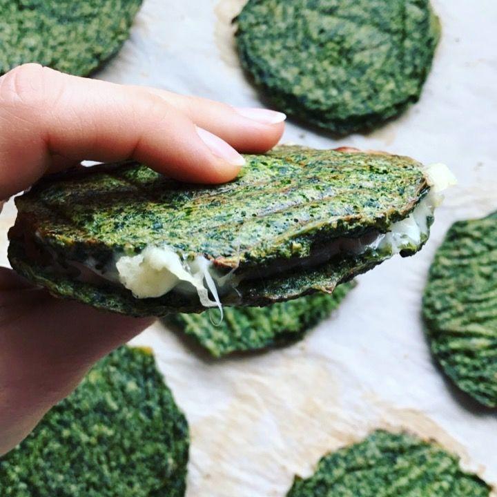 Grøntsags brød - et nemt alternativ til brød. Vil du begrænse indtaget af kulhydrater eller er gluten allergiker - her er en perfekt løsning. Få opskriften.