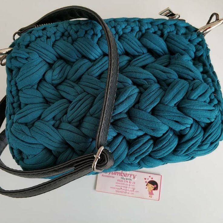 Photo of #good evening ? Finally finished ? the bag I made from the combed rope ide In the exhibition …