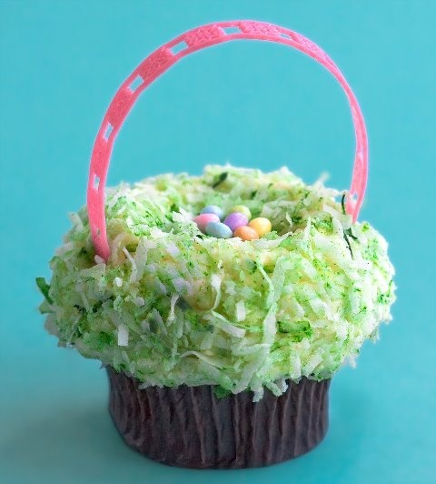 http://cupcakestakethecake.blogspot.com/2012/04/cupcake-meetup-this-sunday-try-hi-hat.html
