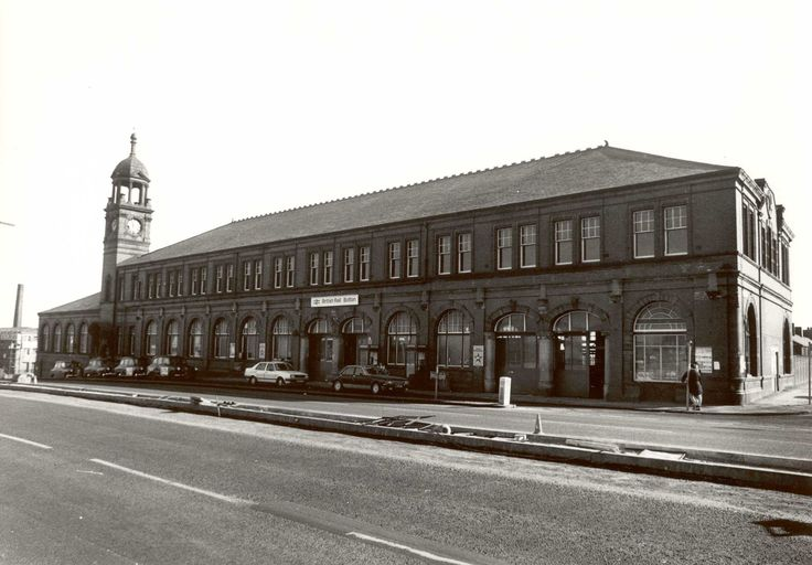 Trinity Street Station demolished 1986