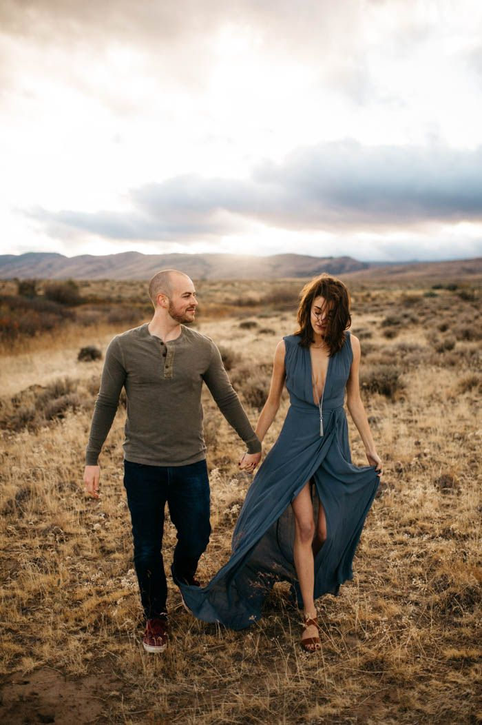 Taking serious style notes from this desert engagement - flowy dresses are always a good choice | Image by Tonie Christine Photography