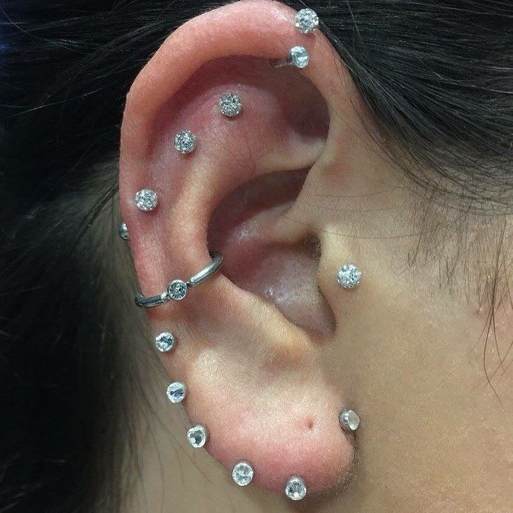 COMPLETED RIGHT EAR. @missjazminad makeup extraordinaire popped into the studio…