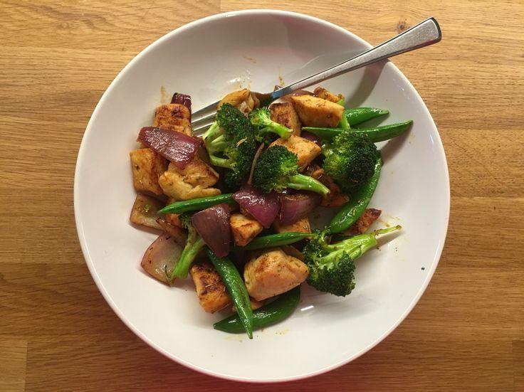 Wok med kylling og grønnsaker Oppskrift og direktelink til bloggen ved å trykke på bildet