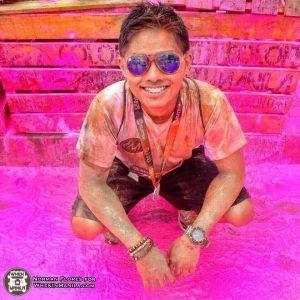 Color Manila's Triple Threat: Color, Glitter and Costume Run