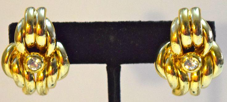 Vintage Costume Gold Cluster Pierced Earrings
