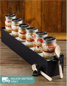 Cakes and Cupcakes - Cupcake Jars: 6 Strawberries and Cream Cupcake Jars!