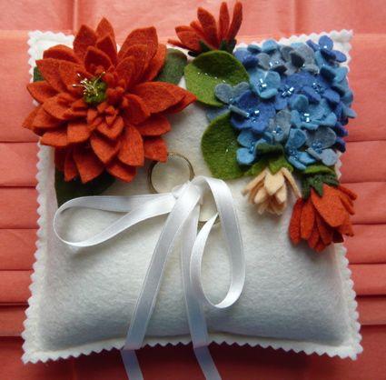 Wedding pillow by Llubav