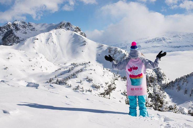 #deeptripstore #deeptrip #snow #snowboarding #fun #winter #sweatshirt