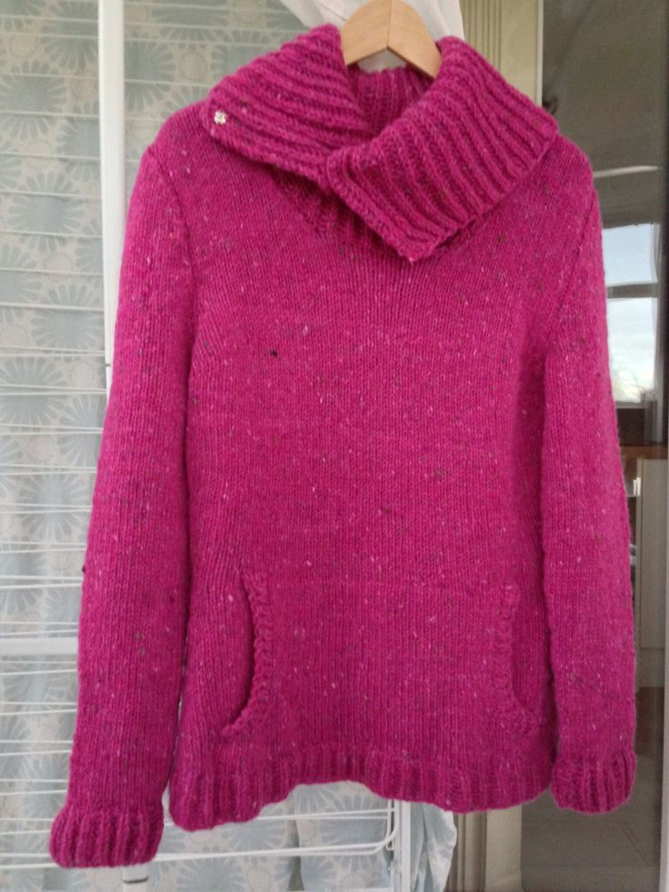 Berwick sweater by Kristen Rengren in donegal Tweed Aran. So toasty!