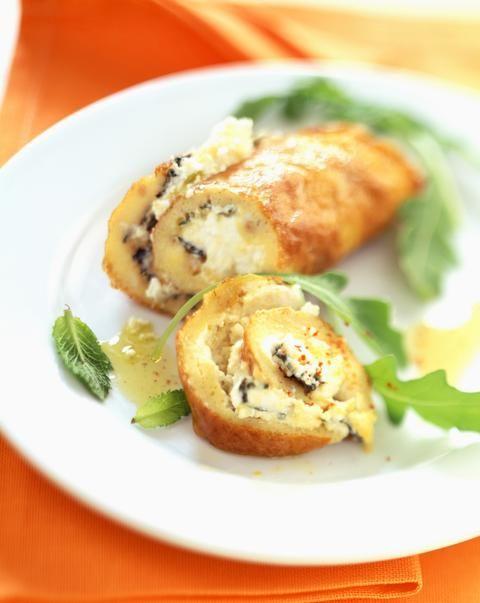 Les 40 meilleures recettes de plats pas chers pour étudiant fauché - Omelette roulée au fromage de chèvreVoir la recette
