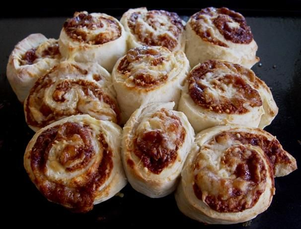 Cheese And Vegemite Scrolls Recipe - Australian.Food.com - 230926