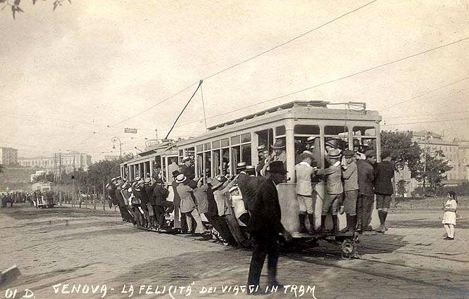 GENOVA - Viaggi in tram - FOTO STORICHE CARTOLINE ANTICHE E RICORDI DELLA LIGURIA