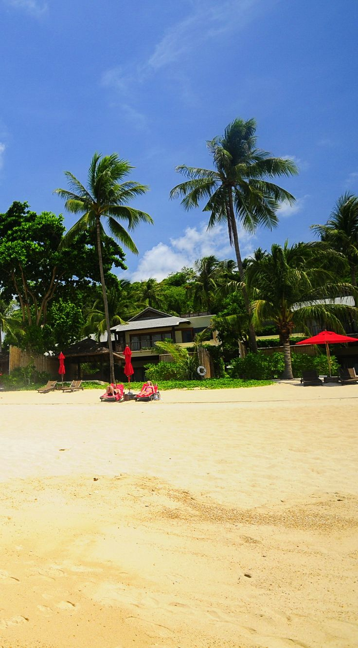beach front view at Anantara Rasananda Koh