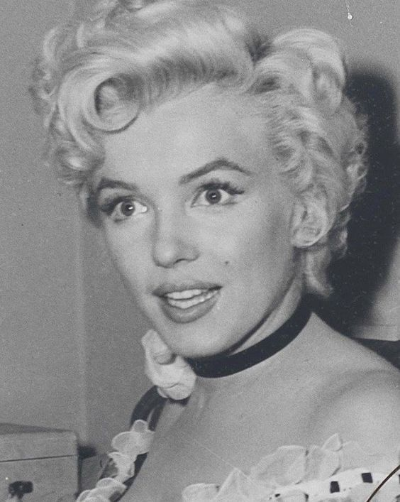 """Marilyn behind the scenes of """"There's No Business Like Show Business"""", 1954."""
